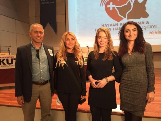 Karen Soeters spreekt in Istanbul op congres over dierenrechten